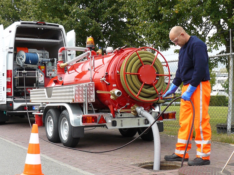 Tipping Vacuum Tanker Trailers
