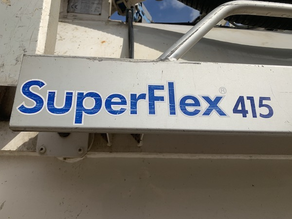 SCANIA 440 WITH JHL SUPERFLEX 415 C140 VACUUM TANKER JETVAC